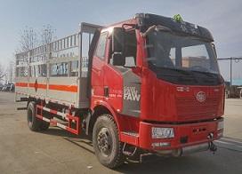 程力威牌CLW5180TQPC5型气瓶运输车