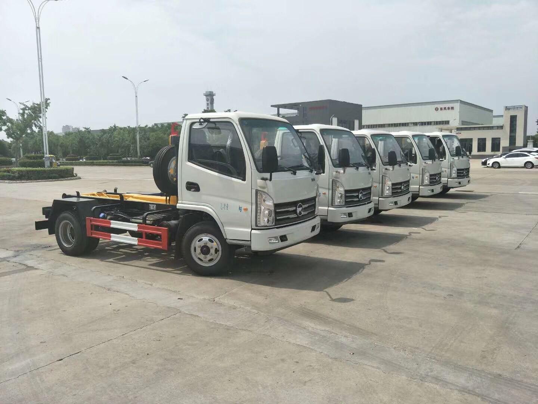 山东凯马车厢可卸式垃圾车生产厂家
