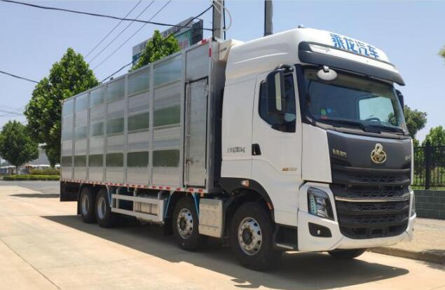 楚韵牌EZW5310CCQL6型畜禽运输车